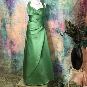 💚David's Bridal Prom, Party, Bridesmaid Gown 💚